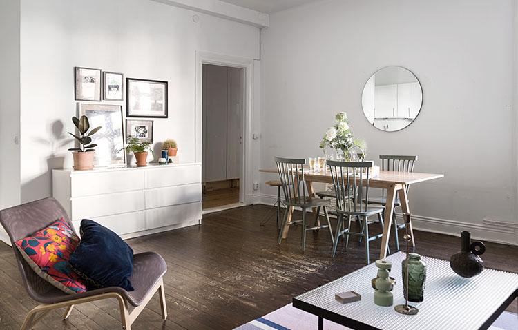 Historiska Hem - appartamento a Stoccolma - zona living con vista disimpegno