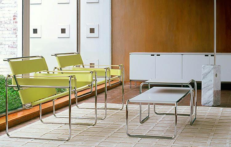 Wassily Chair verdi con ambientazione living