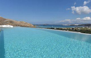 Villa Aela, piscina con Mare Egeo sullo sfondo