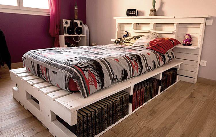 letti in pallet - con libri e ripiani