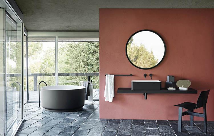 In-Out by Agape - vasca da bagno tonda con rubinetteria da terra o a parete