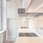 Monolocale a Berlino - cucina piccola minimale nel miniappartamento di 21 mq