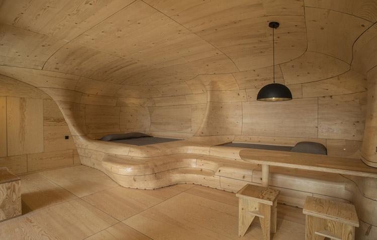 wooden cave - forme plastiche e avvolgenti